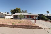 Charming 3bed/2bath home in a nice location. For rent houses Phoenix.