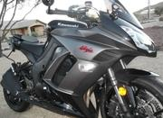 2012 Kawasaki zx1000 is in perfect condition with only 2900 miles.